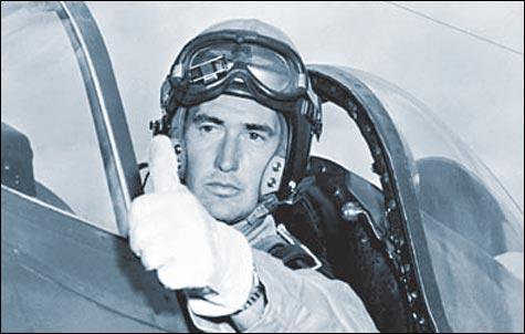 From Red Sox to Leatherneck: Ted Williams goes To war